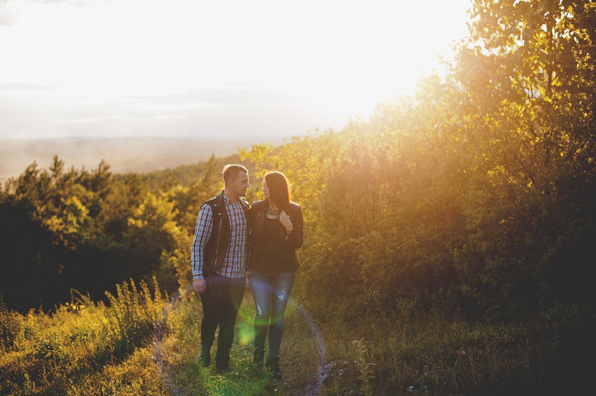 Góra Zelejowa zachód słońca para narzeczeńska plener ślubny