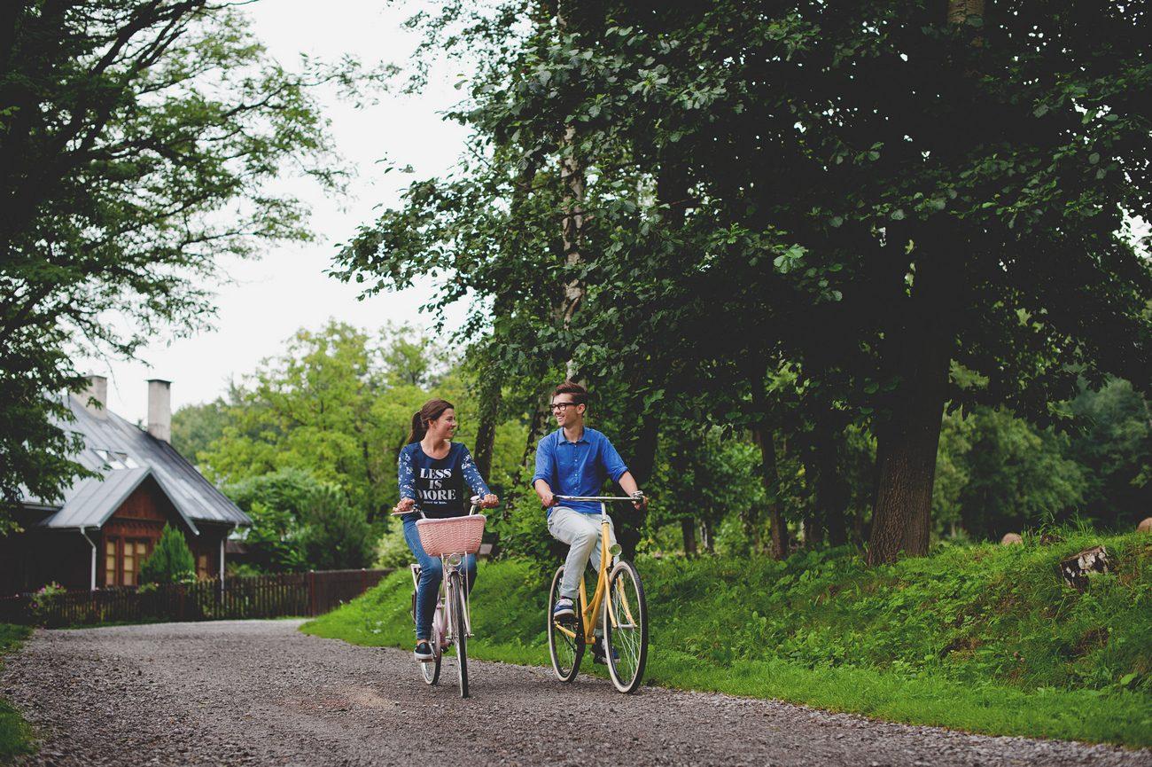 Para na rowerze sesja zdjęcia