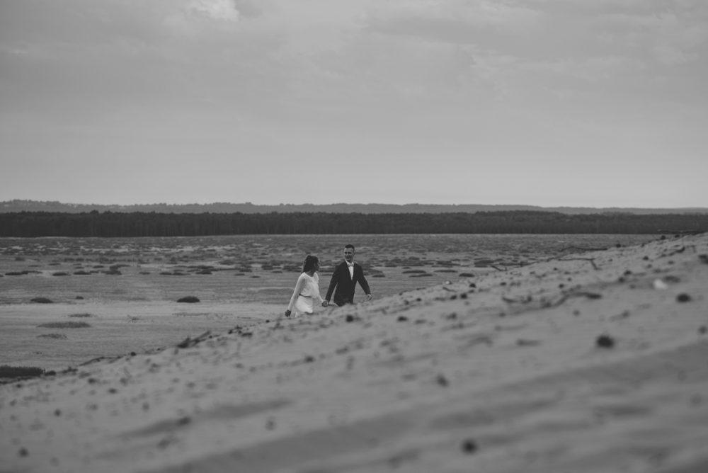 sesja poślubna na Pustyni Błędowskiej